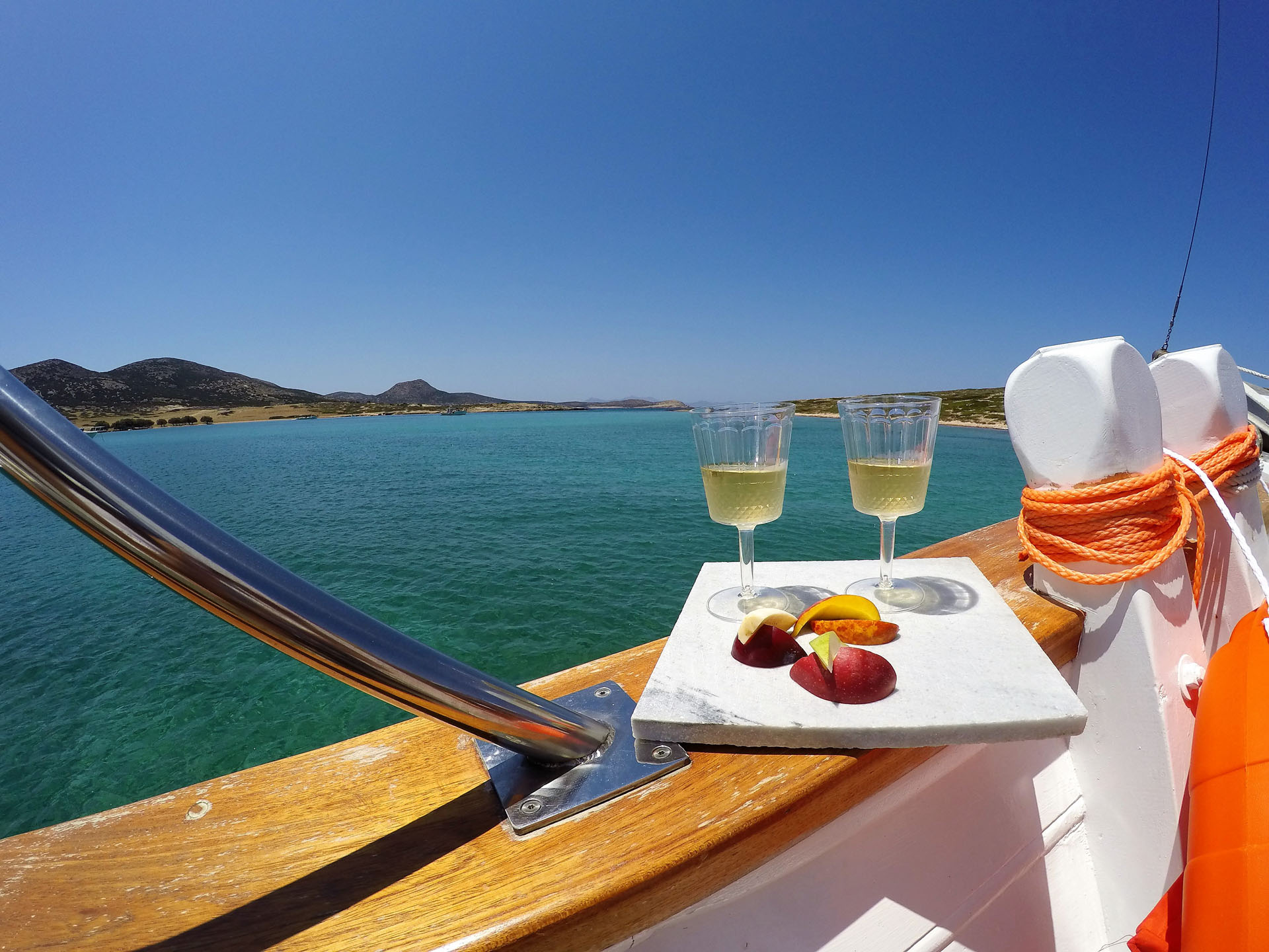 Antiparos Daily Cruises